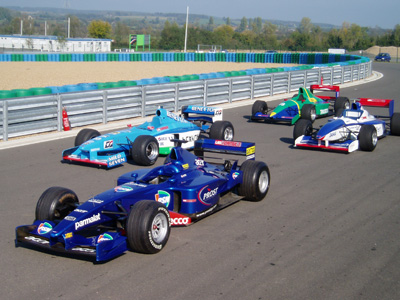 You Can Also Choose To Drive Either A V8 F1 Car, A V10 Or For The Ultimate  Experience U2013 Why Not Do Both Back To Back On The Same Day!