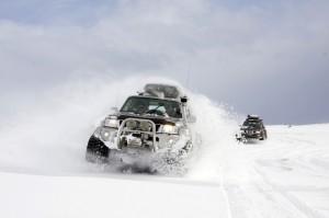 snow jeep iceland